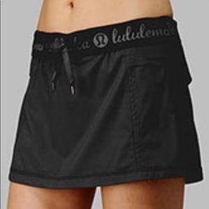 Lululemon Run: Roll Down Skirt